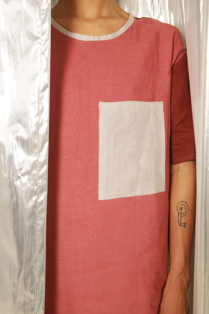 Natuurlijke linnen roze unisex thirt